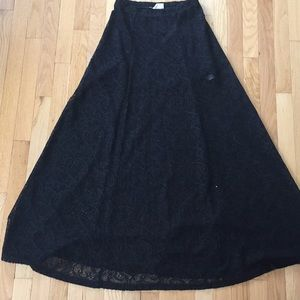 Lace maxi skirt URBAN OUTFITTERS